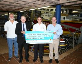Durban Sailing Communities donate money to National Sea Rescue Institute Rescue 5